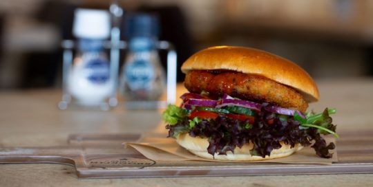 Chili Chicken Hamburger Restaurant Eetcafé Giethoorn Burgers & Grill