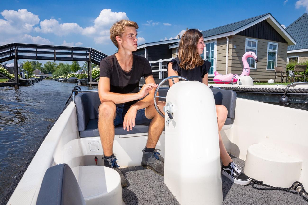 Vakantiepark Giethoorn Vakantiehuisjes Met Boot